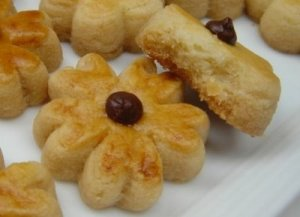 resep flower cheese cookies