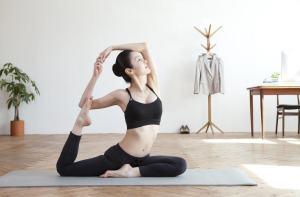Yoga Mendorong Pikiran dan Tubuh yang Sehat
