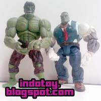 Jual Hulk Marvel Legend & Hulk Joe Fix It Figure