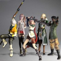 >Jual Figure Final Fantasy XIII Trading Arts