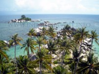 view from lengkuas lighthouse, Belitong
