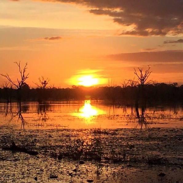 coucher de soleil angkor