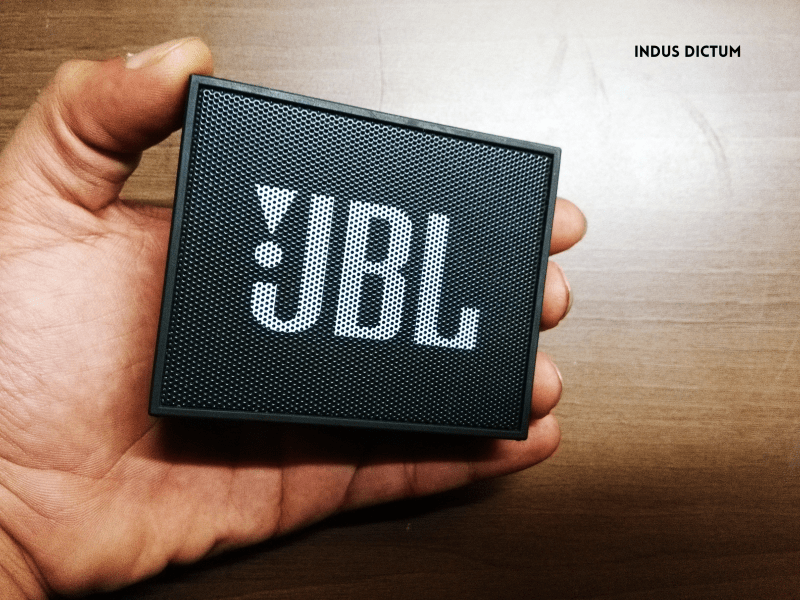 jbl go hand comparison watermark.png