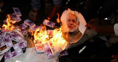 Narendra Modi and burning of Indian currency notes