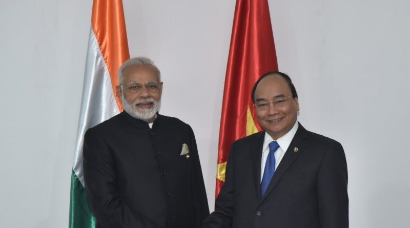 PM Modi with Vietnam PM Nguyen Phuc