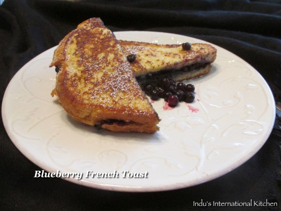 French toast sandwich with berries