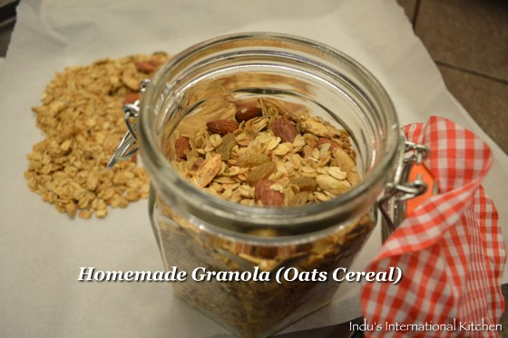 Oats and nuts cereal