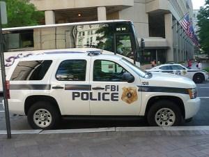fbi-police-chevy-tahoe--jlaw45109-l