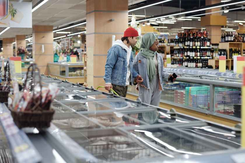 couple shopping at a supermarket