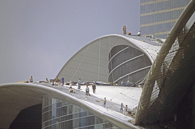 Hong Kong-Wanchai-Convention & Exhibition Centre-022-Roof Construction-1997