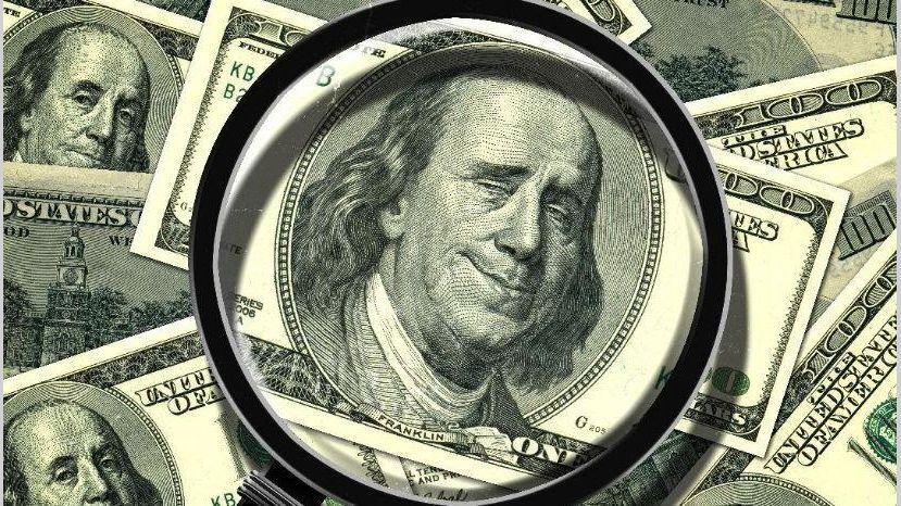 El dólar interbancario baja a 19.87 pesos