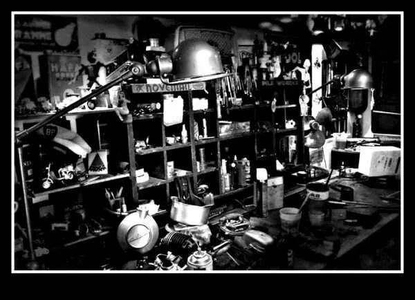 Vintage Jieldé lamp