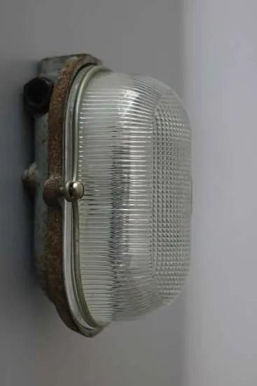Bunkerlamp uit Frankrijk
