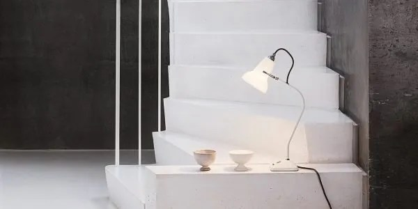 Original ceramic mini Anglepoise wandlamp BINK in situ
