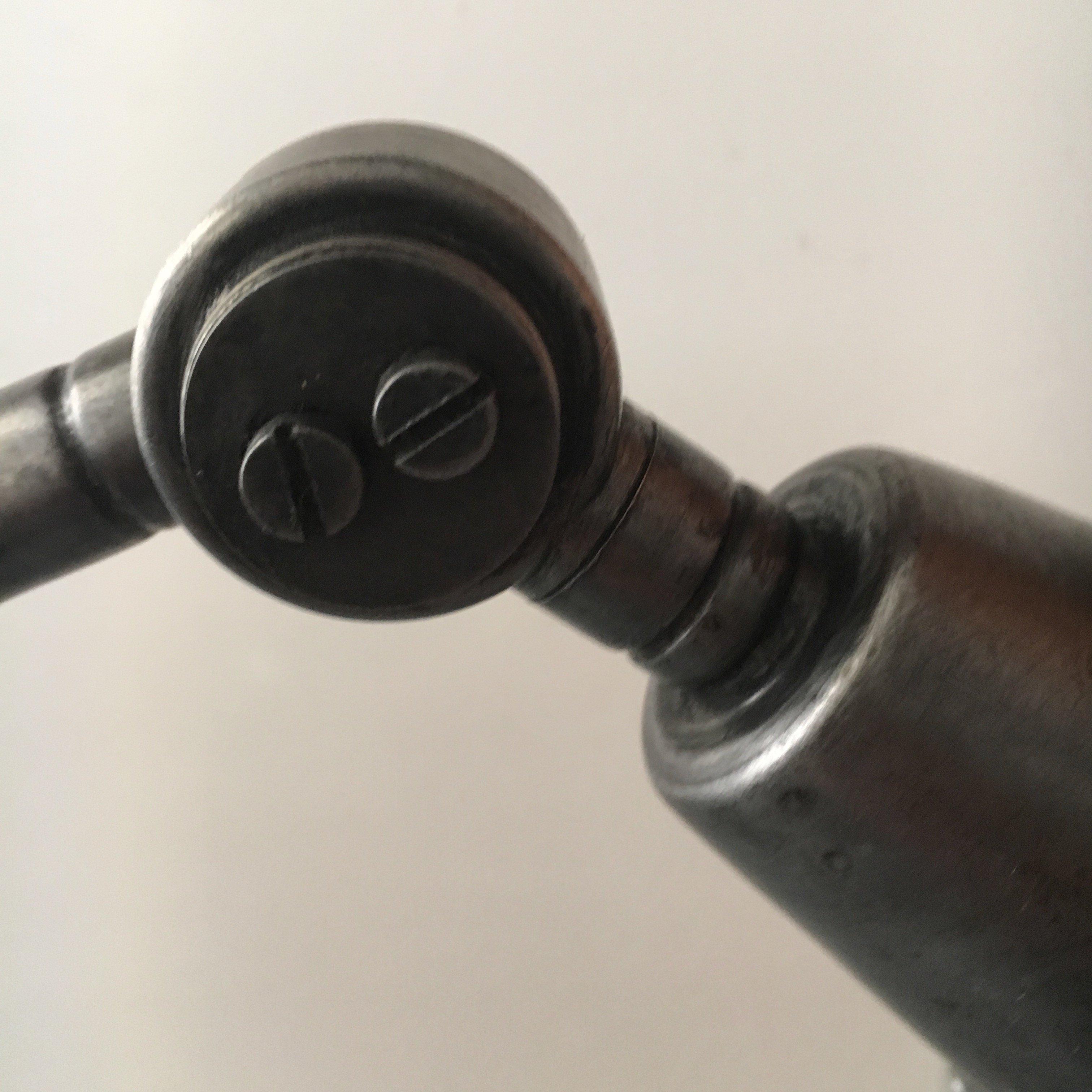 midgard bureaulamp detail 1