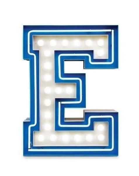 Delightfull letterlamp E frontaal