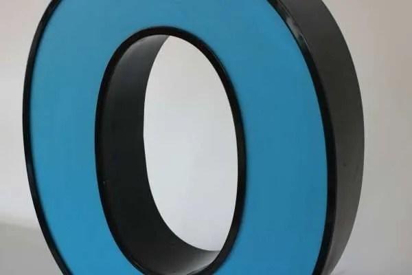 Letterlamp blauw letter O 2