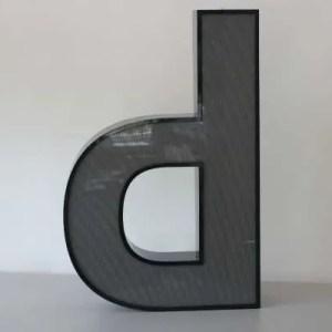 Letterlamp zwart letter d of p 1