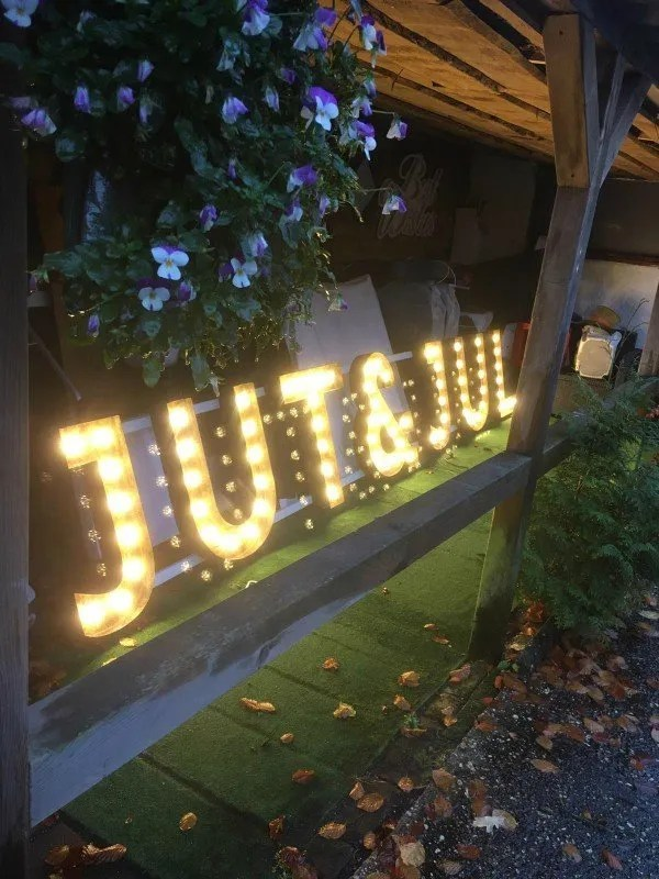 JUT & JUL