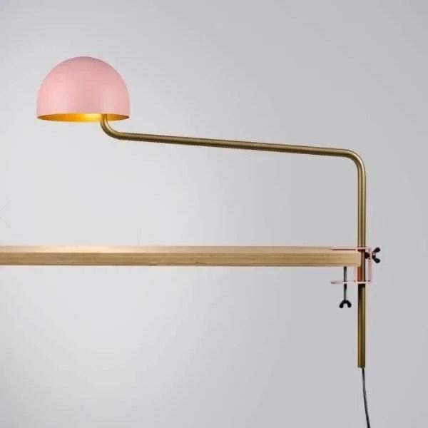 roze-goud-officer-klemlamp-revolt-BINK-lamp-tafellamp-leiden