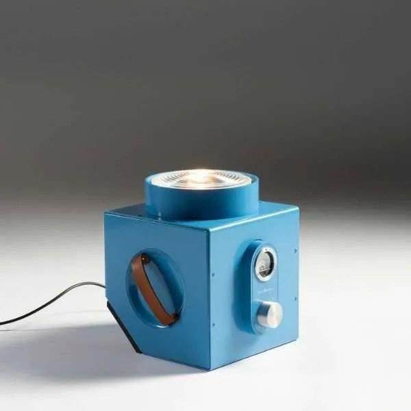the-light-machine-blauw-revolt-bink-lampen-02