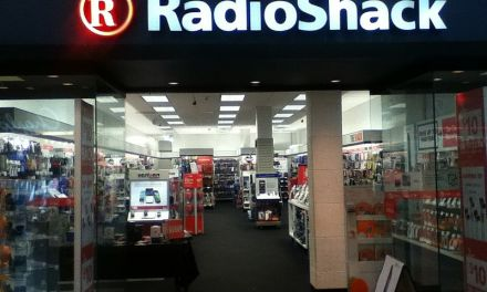 RadioShack to Close Around 500 Stores as Part of Restructuring