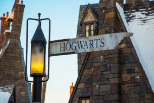 "A photo of a sign that reads, ""Hogwarts."""