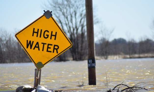 Flooding in Tennessee Destroys Homes, Lives