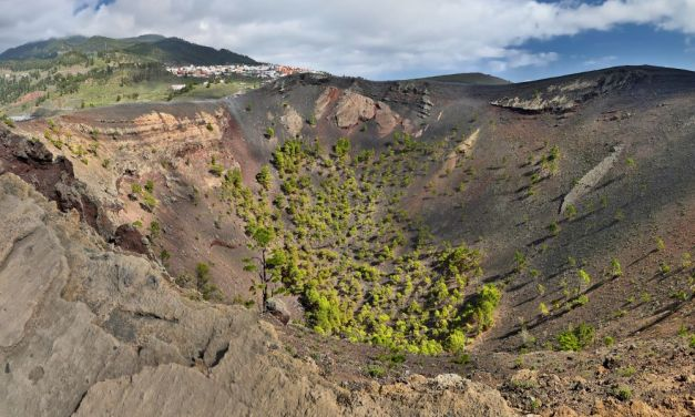 Canary Islands in Crisis as Volcano Erupts