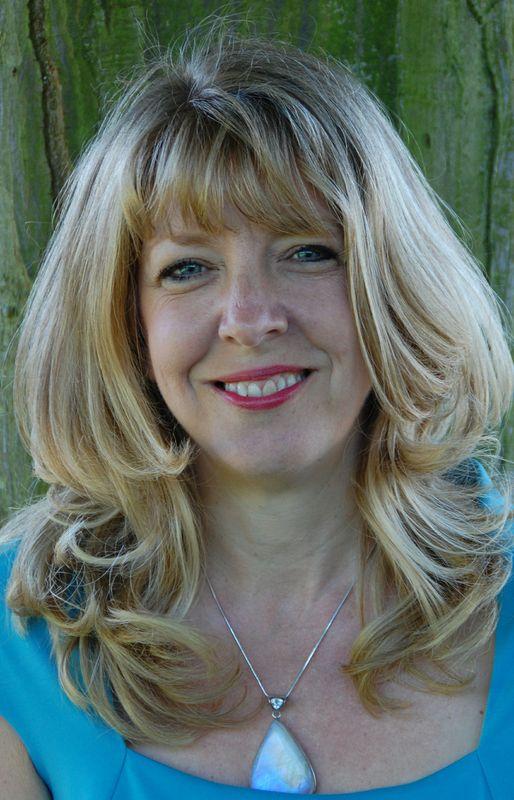 Lisa Spencer-Arnell Treasure Seeker