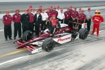 De igual forma, Toranosuke Takagi corrió tanto en CART como en IRL. con Walker y Morris Nunn, respectivamente. Logró un podium (3° en Texas en 2003) y fue quinto en la Indy 500 de ese año (FOTO: INDYCAR)