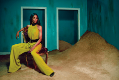 Ciara-is-the-new-face-of-Roberto-Cavalli