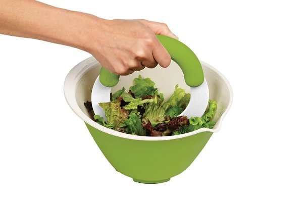 Chef'n SaladShears Lettuce Chopper Placing your arm force directly above you get better precision. UsingChef'n SaladShears Lettuce Chopper, you will cut lettuce for salads and sandwiches quickly and easy.