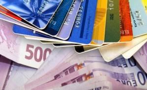 Πρωτιά για την Ελλάδα στη χρήση μετρητών