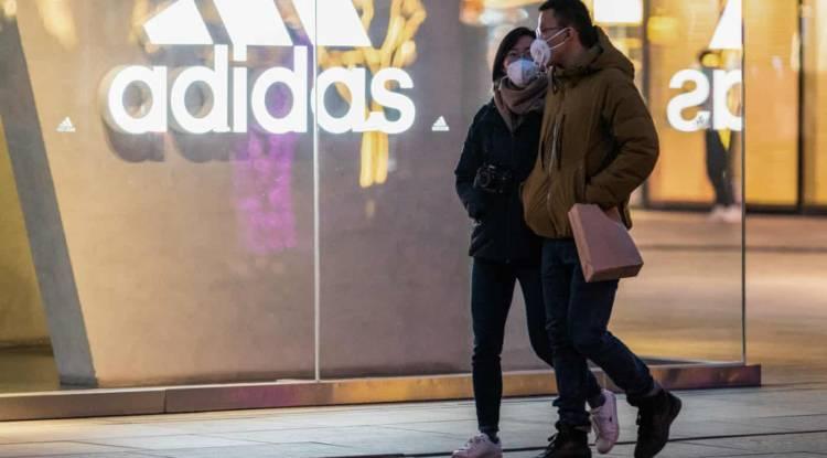Οι επιπτώσεις στις πωλήσεις της Adidas λόγω του κορωνοϊού