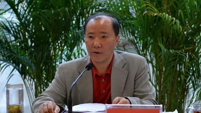 茅台前董事長袁仁國:包場看《戰狼2》,違規持有記者證4年
