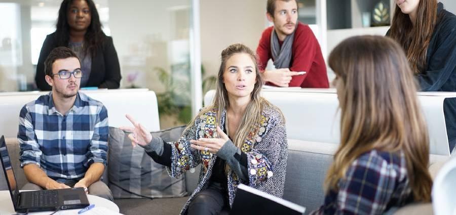 Какво не трябва да правим на работното място, ако искаме да сме успешни?