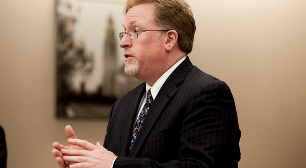 Briggs withdraws subpoena against inewsource