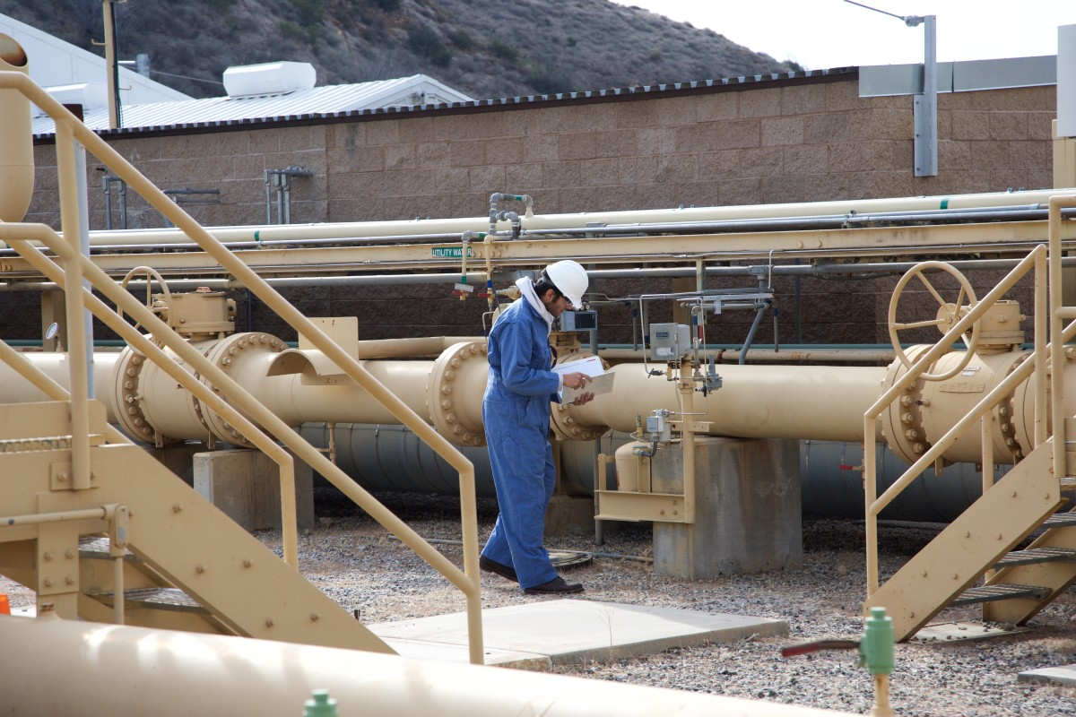 Invisible pollution escapes from engines, compressors, wellheads and other equipment at underground storage fields like the one in Aliso Canyon. Photo by Southern California Gas
