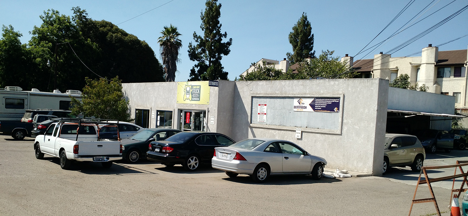 Auto body shop fumes causing problems for neighbors