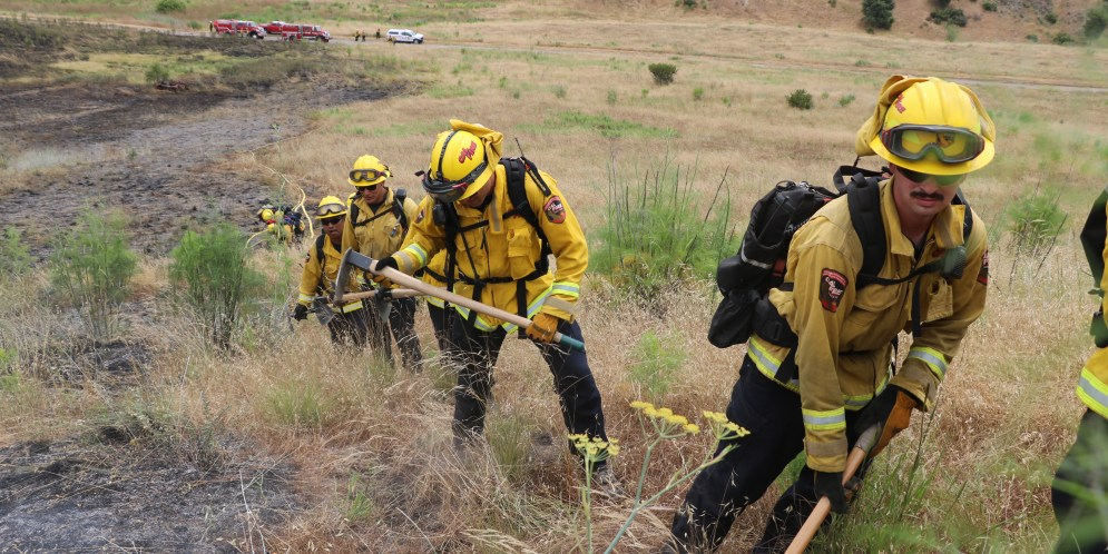 Brush fires up in San Diego County as coronavirus creates staffing challenges