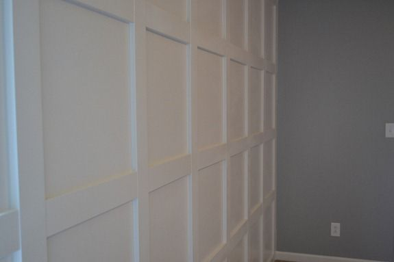molding wall (12)