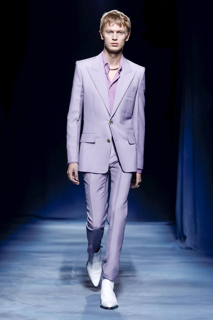 Givenchy SS19 menswear Clare Waight Keller lavender suit Paris fashion week