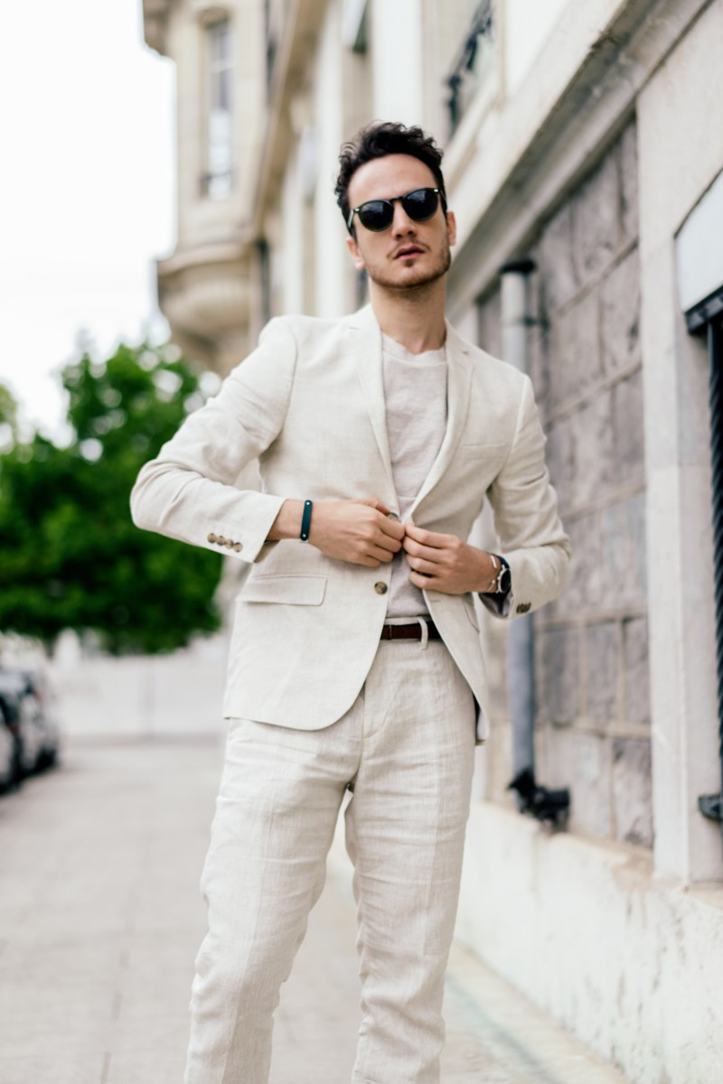h&m linen suit light beige summer style sunglasses