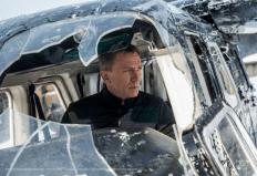 Ohne einen Kratzer gelandet: Bond, James Bond