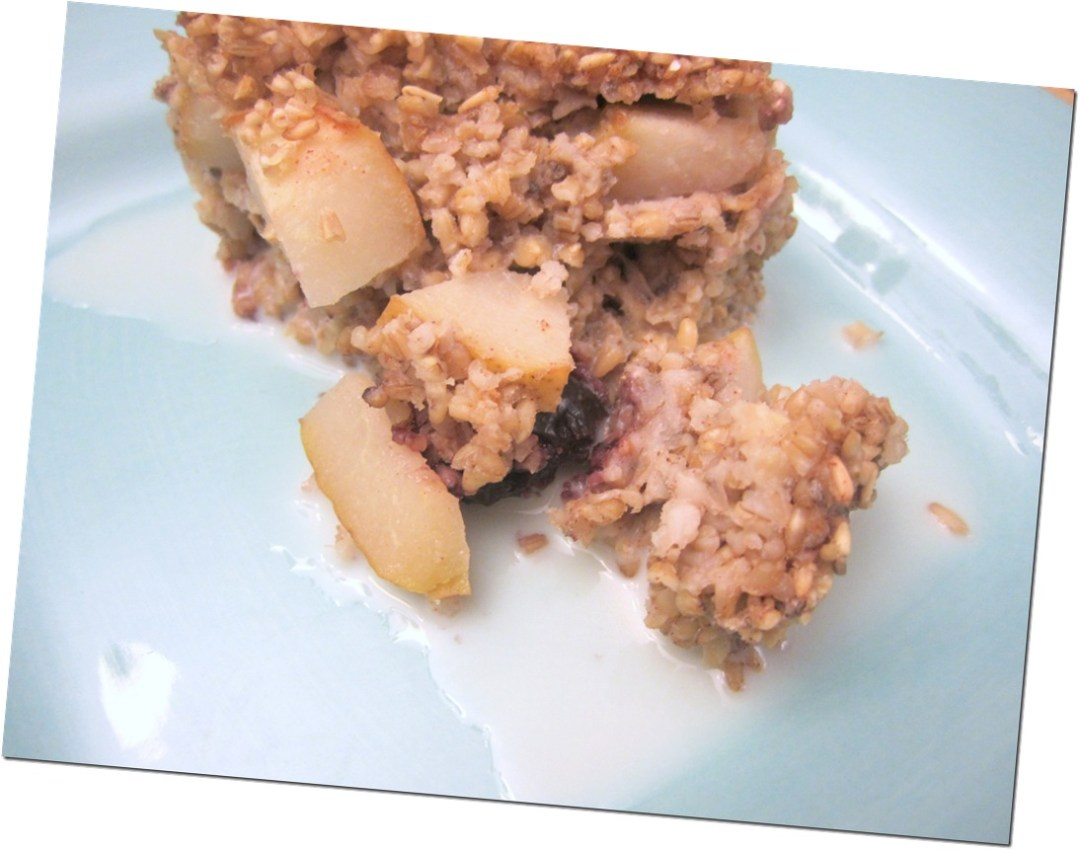 Breakfast food: Baked Pear and Cherry Oatmeal recipe oatmeal make-ahead gluten-free food Breakfast baked