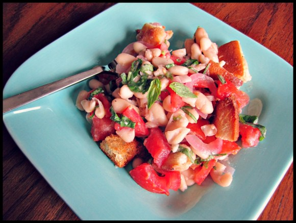 Panzanella: Tomato bread salad vegetarian tomatoes salads recipe panzanella food bread salad beans