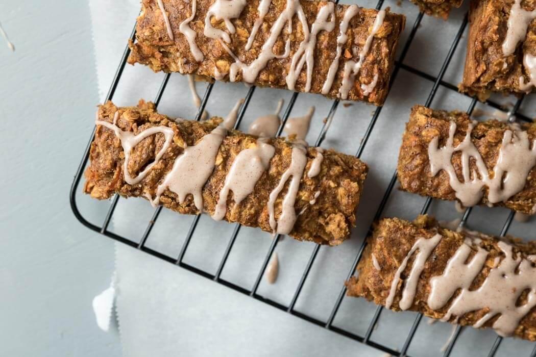 Carrot Cake Breakfast Bars vegan frosting fat-free dairy-free cinnamon carrot cake carrot Breakfast bars