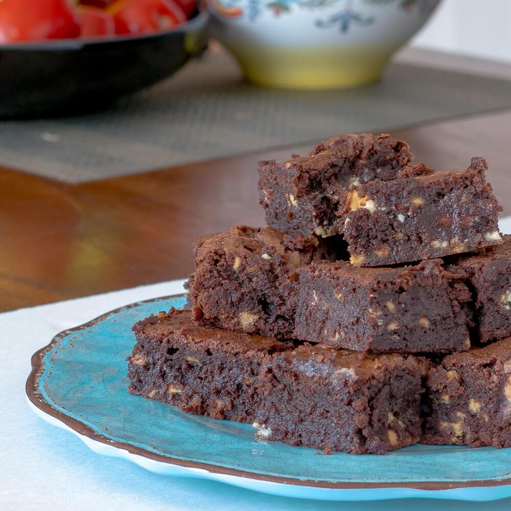 The Best Brownie Recipe winter summer potluck party food kids chocolate brownies
