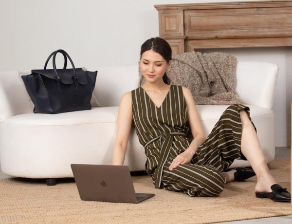 style-theory-why-you-should-dress-up-while-wfh